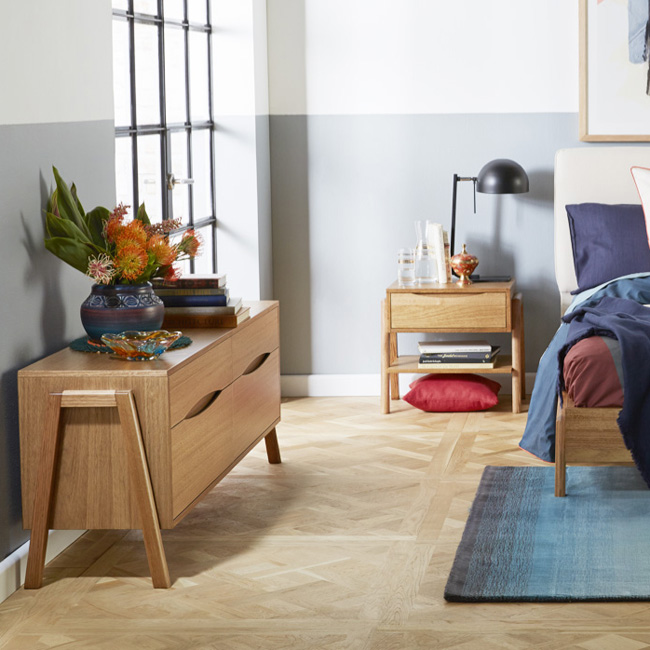 Silver Lynx Beds DANE collection casegoods