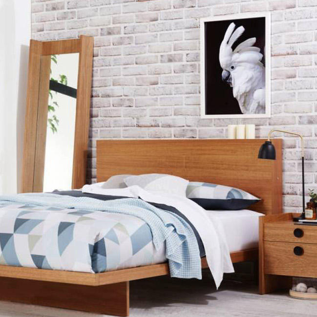 Silver Lynx GALLERY bed Suite