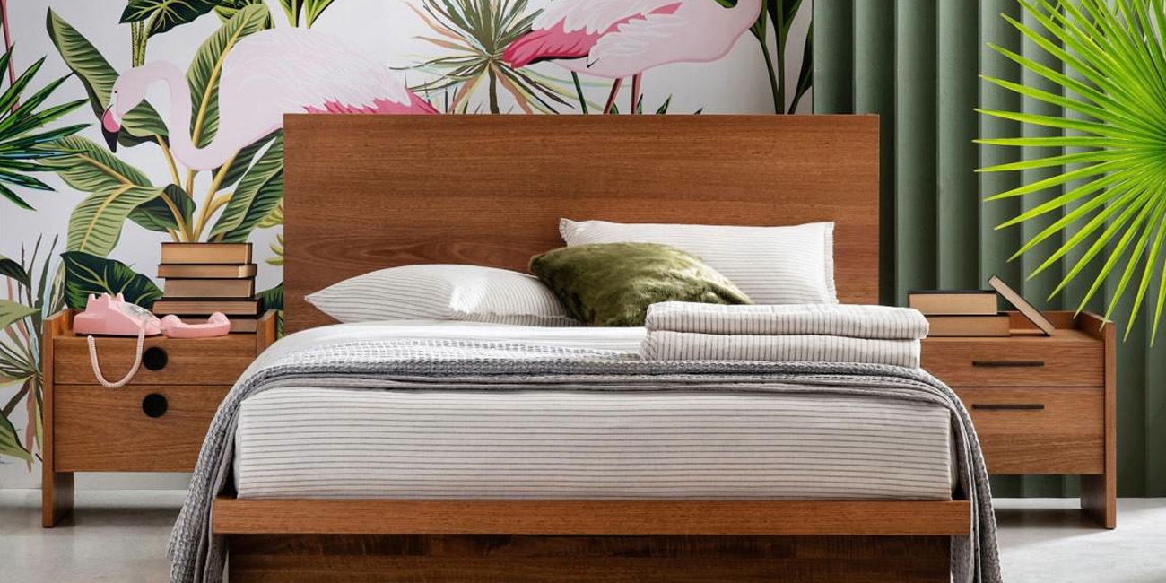 Silver Lynx Gallery bed design